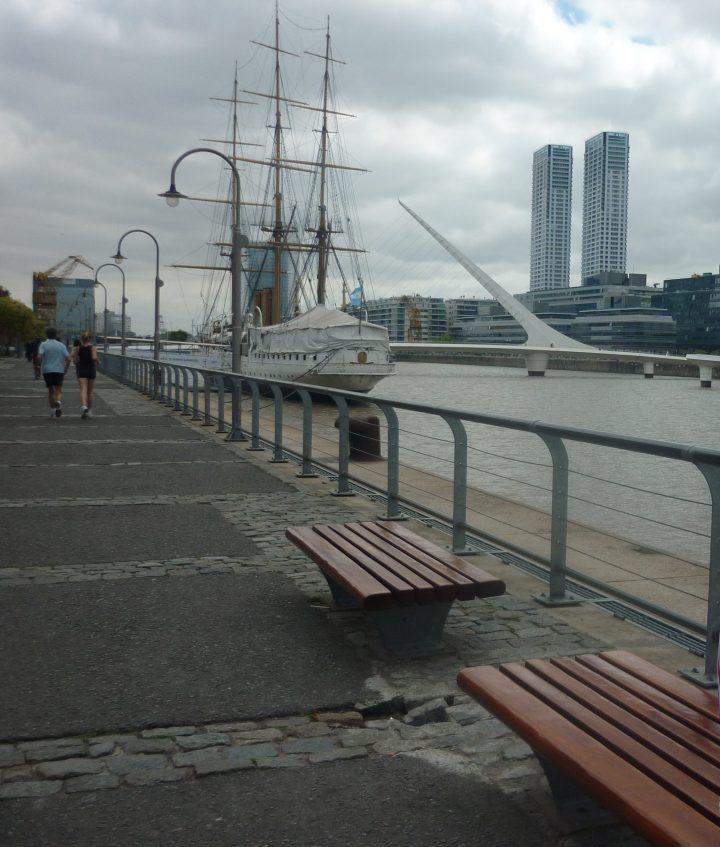 Puerto Madero - Puente de La Mujer - Buenos Aires