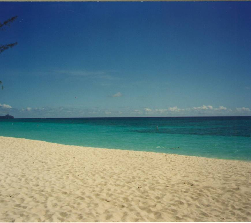 Seven Mile Beach - Grand Cayman
