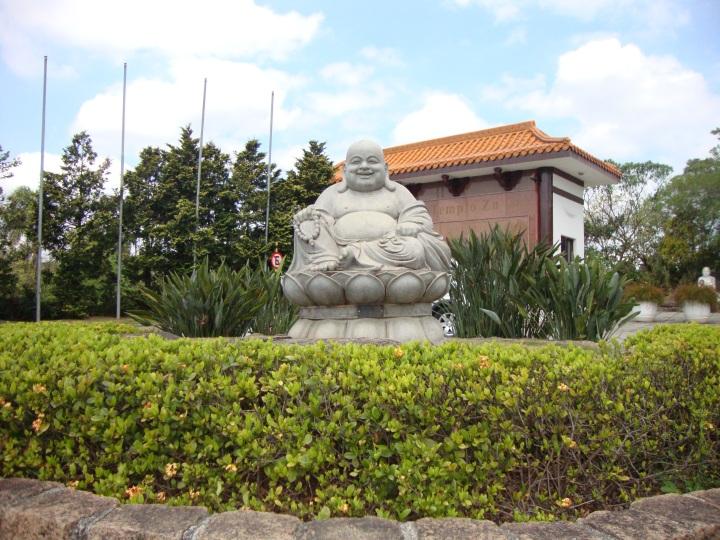 entrada-templo-zu-lai