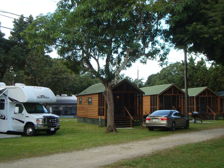 Cabanas no Miami Everglades Resort