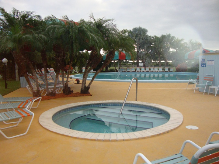 Piscina do Camping Miami Everglades Resort