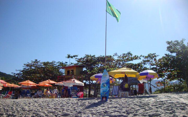 AULAS DE SURF - PRAIA DE CAMBURI - SAO SEBASTIAO SP