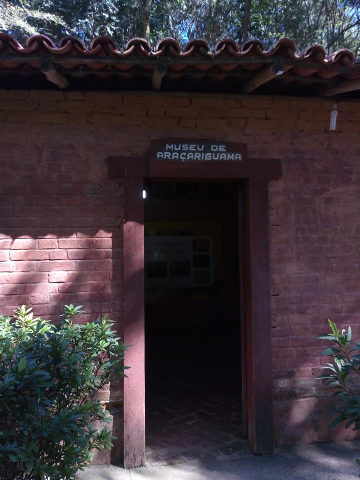 MUSEU DO PARQUE DA MINA DE OURO ARACARIGUAMA SP