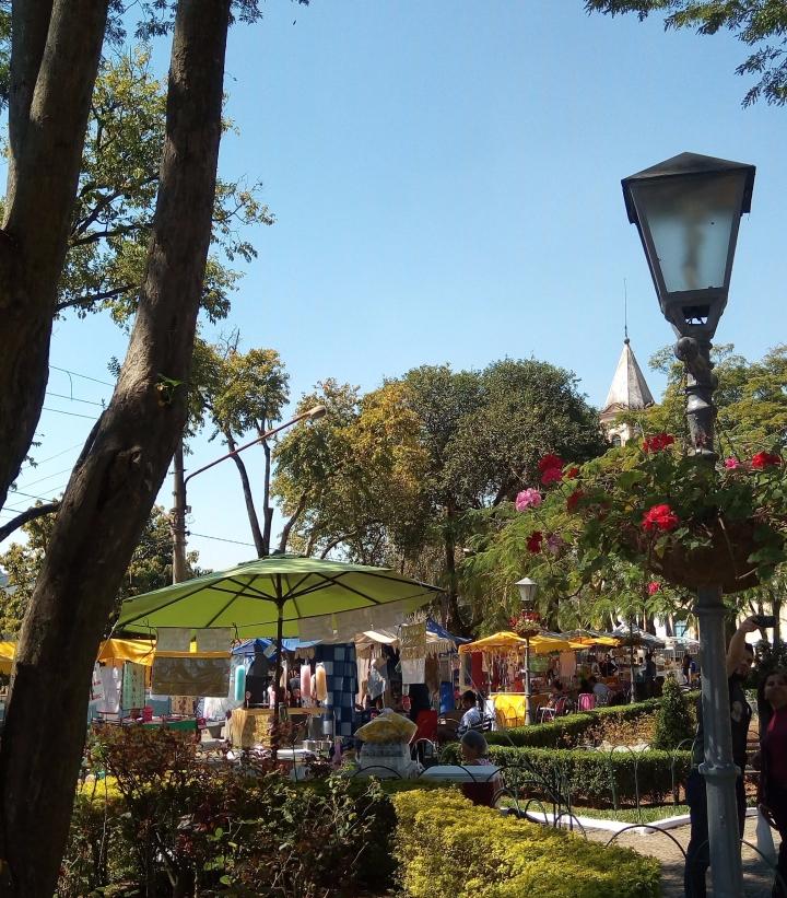 Feirinha na Praça 14 de Novembro, Santana do Parnaíba SP