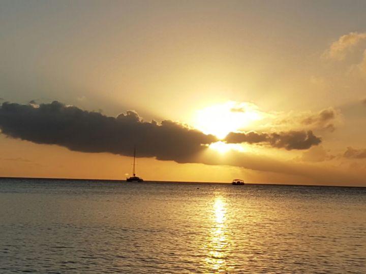 Pôr do sol em Grand Cayman