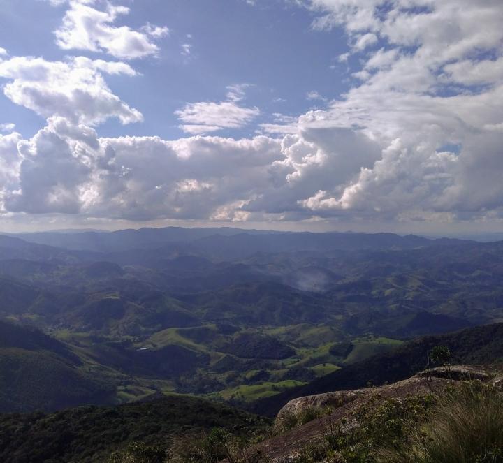 Trilha Pico dos Marins