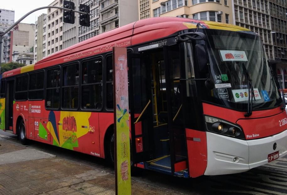 Ônibus turístico - São Paulo