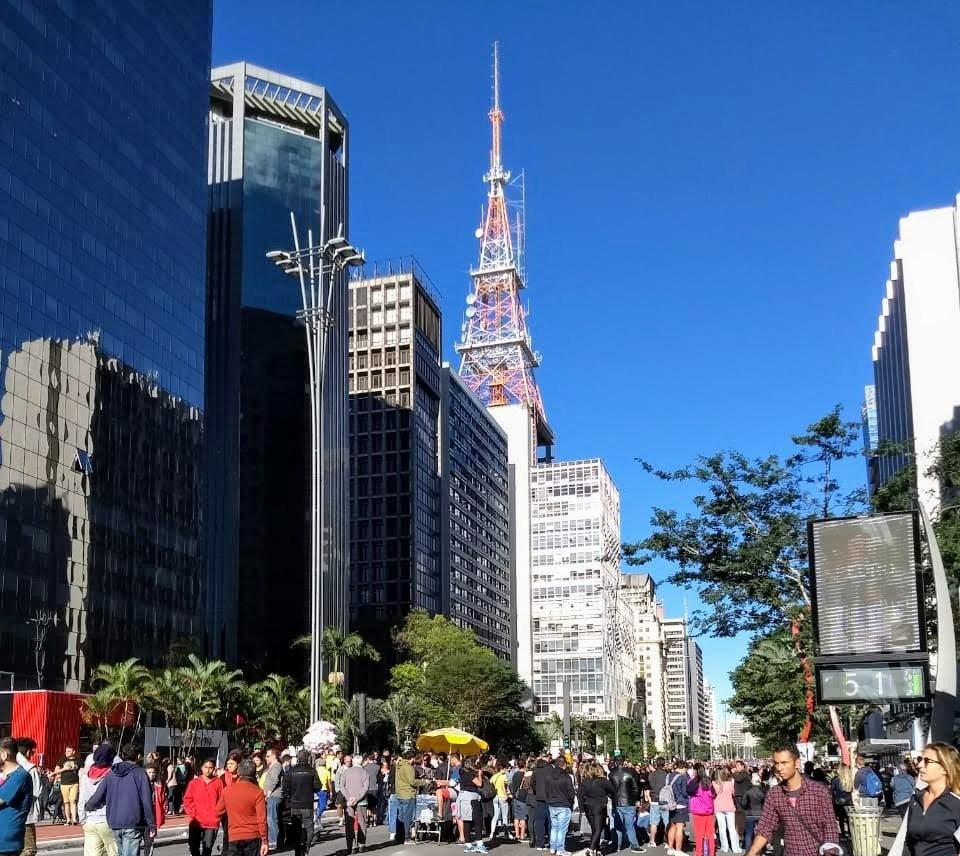 Domingo na Av. Paulista SP