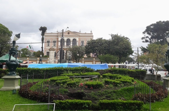 Sociedade Garibaldi e Relógio das Flores - Curitiba