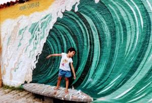 Beco da Mulher Maravilha - Grafites Maresias SP